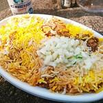 HALLAL FOOD MARHABA - 野菜たっぷりのライタは別容器に多めに入ってます             たっぷりのライタってのは評価高いですよ(*^^*)             もうかけちゃった後しか写真ないですがm(_ _)m