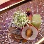 旬恵庵 あら垣 - ⚫鰯の酢の物 おくらの花 蓮芋