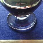 フロマージュリー・ヒサダ - 赤ワインは、Baccaratのグラスで。