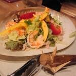 魚ビストロ WAIGAYA - シーフードサラダ
