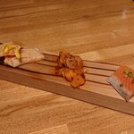 魚ビストロ WAIGAYA - 世界のサーモン食べ比べ