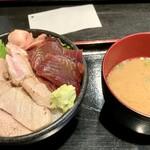 みやもと - まぐろ2種丼(日替わり)