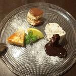 パラッツォ サン グスト - デザート3種盛り合わせ