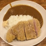 しまや - 料理写真:カツカレー990円