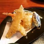 蕎麦きり 山都 - 天麩羅(海老2、エリンギ、イカ、茄子、ピーマン、ズッキーニ)