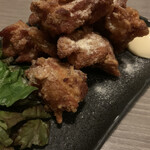 日本酒と地鶏 八兵衛 - 唐揚げ