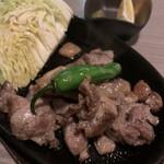 日本酒と地鶏 八兵衛 - 知覧鶏炙り焼き