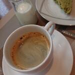 プロヴァンス - 抹茶の食パン、抹茶過ぎる。