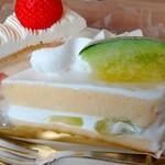 fujiyaresutoran - プレミアムフルーツショートケーキ