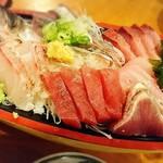 うお浜 - 刺盛り980円❤️真鯛、鰯、マグロ、鰹、ぶり、アラ