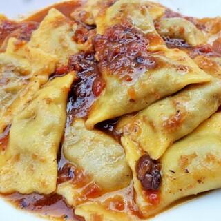 イタリア郷土料理 エヴィーバ!