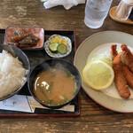 菊や - 料理写真:エビフライ定食930円税込
