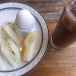 純喫茶モネ - モーニングセットのハムサンド