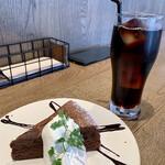 エイトデイズ - アイスコーヒーがうまい!(^^