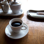 グランパ   - 最後はコーヒーでマッタリ。うーん平和に感謝。