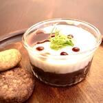 Organic Cafe ゆきすきのくに - 小豆とココナッツの寒天ゼリー、有機栽培の小豆を使用