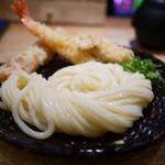 うどん 慎 - 料理写真:ざるうどん+海老天+ちくわ天+ハーフかしわ天