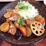 大戸屋ごはん処 - 四元豚と野菜の黒酢あん