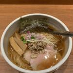 niboshichuukasobasuzuran - 炭火焼鯵煮干そば('20/06/22)