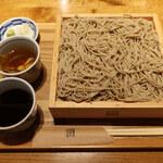 じねんじょ庵 - せいろ蕎麦 (2種類の蕎麦つゆで食べる)