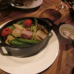 22 - 季節野菜のグリル アンチョビソース