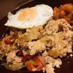 隠れ家イタリアンバル Healthy Boy - 15穀米のガパオライス