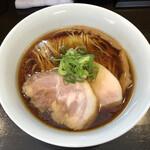 131976192 - 「醤油らぁ麺」850円