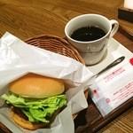 13198486 - テリヤキチキン \320 コーヒー \350
