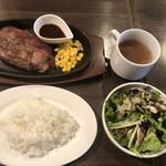 肉バル style 2 - 牛ミスジの鉄板ステーキランチ@1,188円
