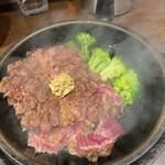 いきなりステーキ - 料理写真:ワイルドステーキ300g。上質の肉で大当たり!