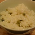 カフェ&ミール ムジ - 炊き込みご飯はグリーンピース