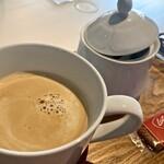 KUTSURO gu Café - カフェオレ