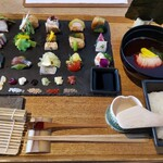 AWOMB - 華やかな手織り寿司( *´艸)