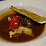 ラ クレアトゥーラ - 牛ほほ肉の赤ワイン煮込み
