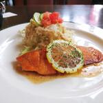 コーヒー&キッチン こじ - 料理写真:鮭のバター焼き