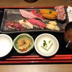 品川 肉寿司 - 肉寿司のお昼ごはん900円