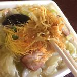 日昌亭 - 麺リフト