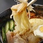 焼肉洞 - 冷麺