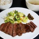 仙臺屋 - 料理写真:人気NO1!牛タン定食