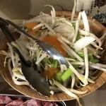 ジンギスカン楽太郎 - 野菜盛り