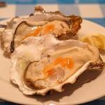 トラットリア カルネジーオ - 岩手県産の生牡蠣