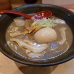 132035242 - 煮干しラーメン味玉(900円)