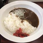 い志い食堂 - 半カレー(ご飯少なめ)