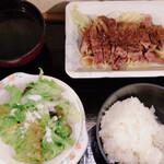 山海楽酒 およよ - 620円定食 ご飯、スープはセルフで、好きなだけ盛れる‼︎