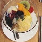 スポーティフ カフェ - バニラアイスクリーム