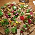 ラ・ターチ - 野菜プレート。御影からの継承ですね。