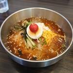 韓国厨房 尚州本店 - 冷麺