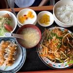栄盛 - レバニラ炒め定食