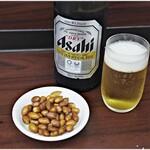 味楽 - まずはビールで!お豆も美味い!