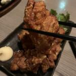 日本酒と地鶏 八兵衛 - おいしい唐揚げ